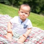 怒った赤ちゃんの顔